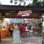 アペロルプール&バー(Aperol Pool and Bar)