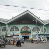 ロンスエン市場(Chợ Long Xuyên)