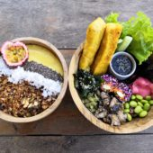 ルーツプラントベースドカフェ(Roots Plant-Based Cafe)
