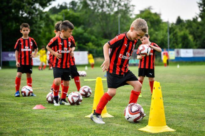 ハノイのACミランサッカースクールが今年11月に開校決定 開校決定に伴い、生徒の募集開始