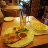 チャム チャム レストラン&バー(Chăm Chăm Restaurant & Bar)